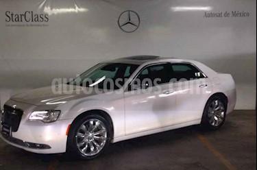 Chrysler 300 C 3.6L Pentastar usado (2016) color Blanco precio $399,000