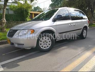 Chrysler Caravan SE 3.0 usado (2005) color Plata precio $21.900.000