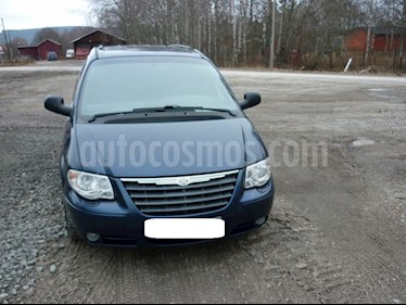 Chrysler Caravan SE 3.0 usado (2005) color Celeste precio u$s3.000