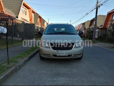 Foto venta Auto usado Chrysler Grand Caravan 3.3 (2004) color Bronce precio $2.850.000