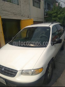 Chrysler Grand Voyager LE Aut usado (1996) color Blanco precio $35,000