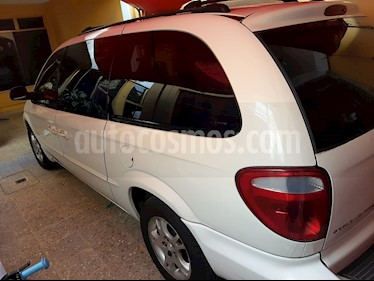 Chrysler Grand Voyager LX Aut usado (2001) color Blanco precio $56,000