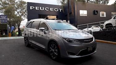 Foto venta Auto usado Chrysler Pacifica Limited (2018) color Plata Metalico precio $764,900