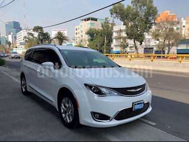 Foto venta Auto Seminuevo Chrysler Pacifica Limited (2018) color Blanco precio $659,000