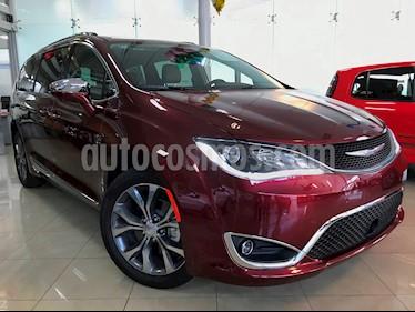 Foto venta Auto usado Chrysler Pacifica Limited (2018) color Rojo Velvet precio $897,153
