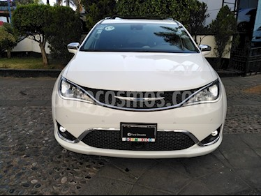 Chrysler Pacifica Limited Platinum usado (2017) color Blanco precio $520,000