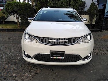 Chrysler Pacifica LIMITED PLATINUM usado (2017) color Blanco precio $540,000