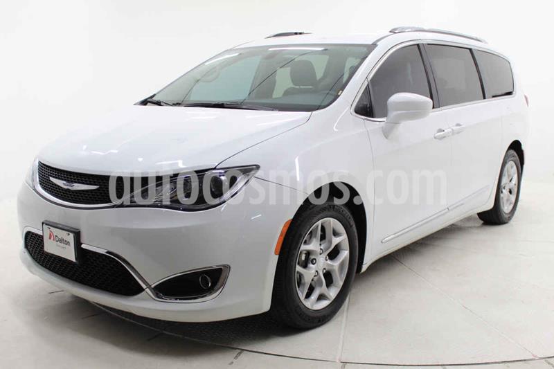 Chrysler Pacifica Limited usado (2019) color Blanco precio $519,000