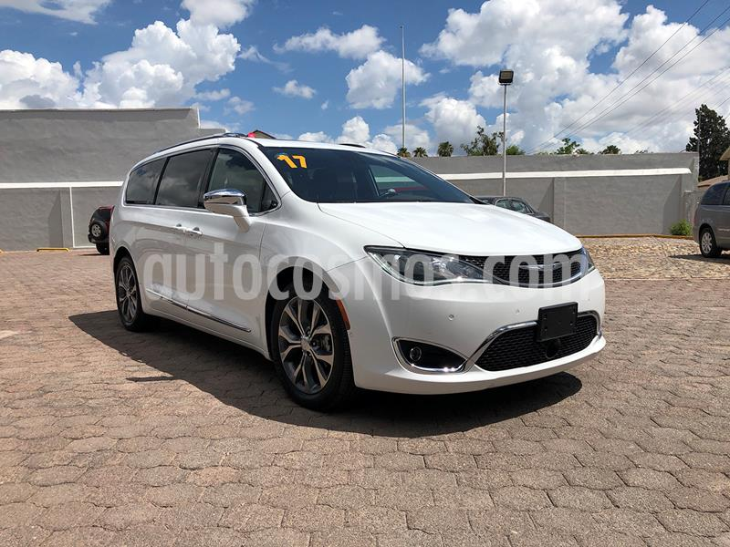 Chrysler Pacifica Limited Platinum usado (2017) color Blanco precio $599,000