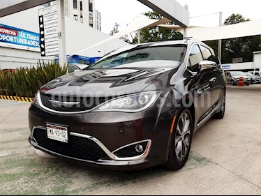 Chrysler Pacifica Limited Platinum usado (2018) color Plata Metalico precio $603,000