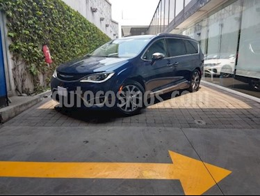 Chrysler Pacifica 5P LIMITED V6 TA PIEL GPS QCP XENON RA-20 usado (2017) precio $580,000