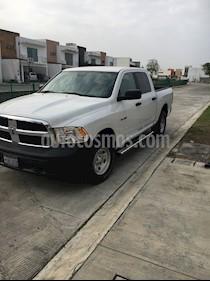 Chrysler Ram 1500 SLT Laramie 4x4 Quad Cab Aut usado (2014) color Blanco precio $360,000