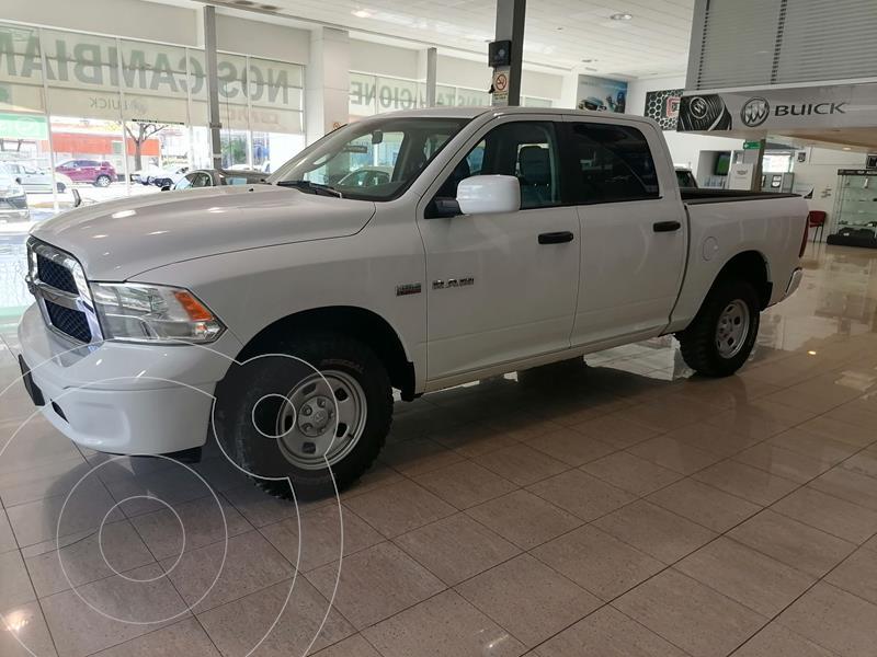 Foto Chrysler Ram 1500 SLT Laramie 4x4 Quad Cab Aut usado (2019) color Blanco precio $498,000