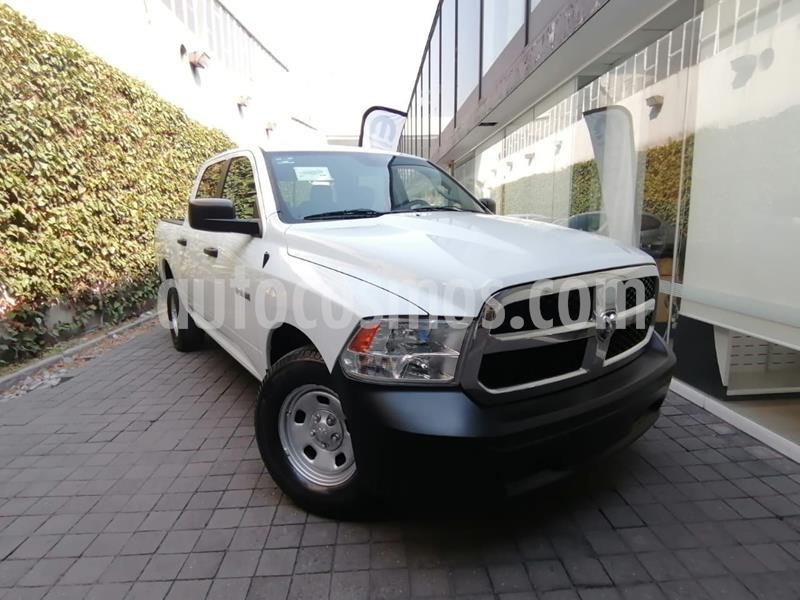 Chrysler Ram 1500 Custom usado (2015) color Blanco precio $260,000