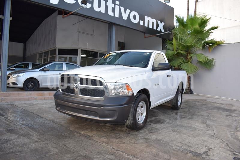 Chrysler Ram 1500 Custom usado (2015) color Blanco precio $225,000