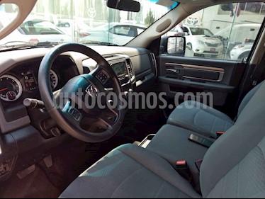 Foto venta Auto usado Chrysler Ram SLT Crew Cab Heavy Duty 5.7 4x4 (2015) color Blanco precio $258,000