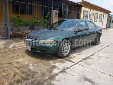 Foto venta carro usado Chrysler Stratus LX V6 2.5i 24V (1998) color Verde precio u$s550