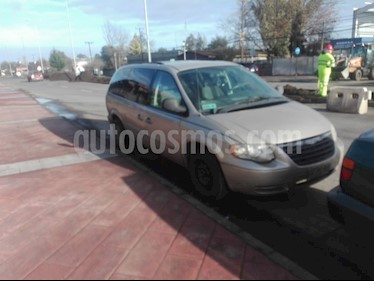 Chrysler Town and Country 3.3L LX  usado (2007) color Bronce precio $2.750.000