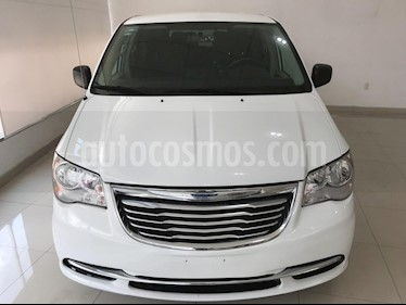 Foto venta Auto usado Chrysler Town and Country Li 3.6L (2016) color Blanco precio $269,900