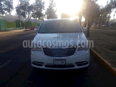 Foto venta Auto usado Chrysler Town and Country Li 3.6L (2014) color Blanco precio $225,000