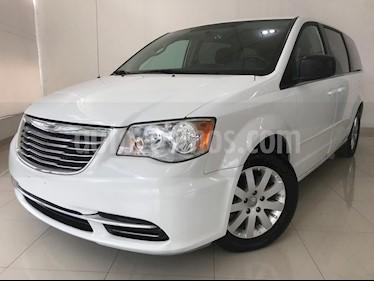 foto Chrysler Town and Country Li 3.6L usado (2016) color Blanco precio $255,000