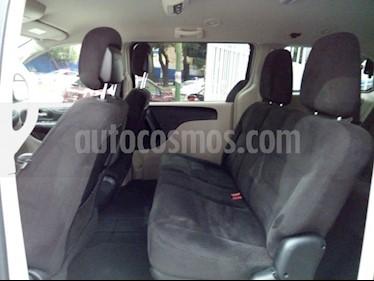 Foto venta Auto usado Chrysler Town and Country LI (2016) color Plata precio $330,000
