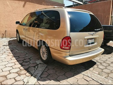 Foto venta Auto usado Chrysler Town and Country Limited 3.8L Aut (1999) color Oro precio $35,000
