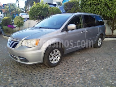 Foto venta Auto usado Chrysler Town and Country LX 3.6L (2013) color Gris precio $190,000