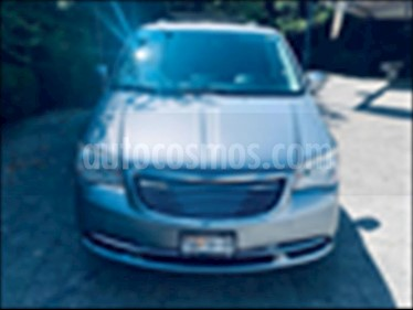 Foto Chrysler Town and Country LX 3.6L usado (2014) color Gris precio $229,000