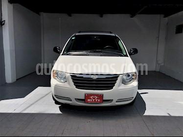 Foto venta Auto usado Chrysler Town and Country LX 3.6L (2005) color Blanco precio $114,000