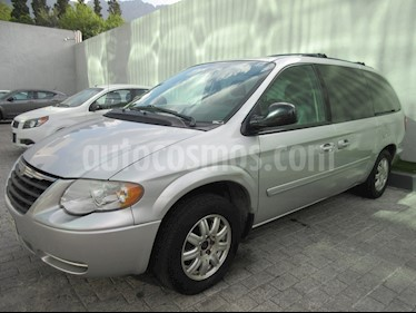 Chrysler Town and Country LX 3.6L usado (2006) color Plata precio $78,000