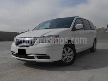 Foto venta Auto usado Chrysler Town and Country LX 3.6L (2012) color Blanco Nieve precio $205,000