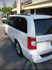Foto venta Auto usado Chrysler Town and Country LX 3.8L  (2014) color Blanco precio $235,000