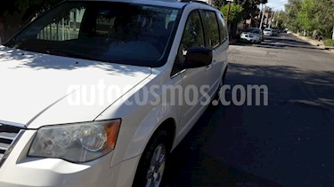 Chrysler Town and Country LX 4.0L usado (2009) color Blanco precio $131,000