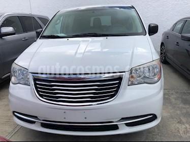 Foto venta Auto usado Chrysler Town and Country LX (2014) precio $190,000