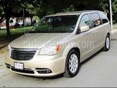 Chrysler Town and Country Touring 3.6L usado (2014) color Beige precio $169,000