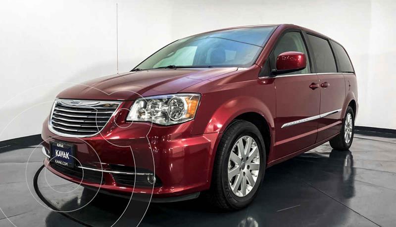 Chrysler Town and Country Touring Piel 3.6L usado (2016) color Rojo precio $317,999