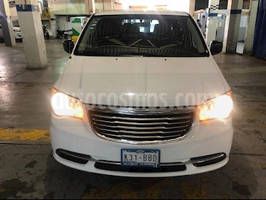 Chrysler Town and Country Li 3.6L usado (2016) color Blanco precio $195,900