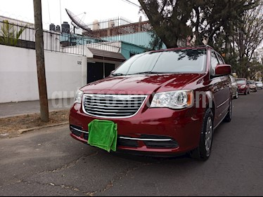Chrysler Town and Country Li 3.6L  usado (2013) color Rojo precio $165,000