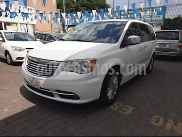 Chrysler Town and Country 5P LIMITED TA PIEL DVD QC GPS RA-17 usado (2015) color Blanco precio $285,000