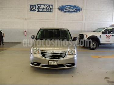 foto Chrysler Town and Country Touring 3.6L usado (2016) color Plata precio $230,000