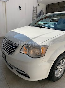 Chrysler Town and Country Touring Piel 3.6L usado (2011) color Blanco precio $164,900
