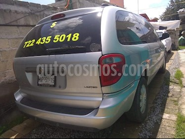 Foto Chrysler Town and Country Limited 4.0L usado (2006) color Plata precio $85,000