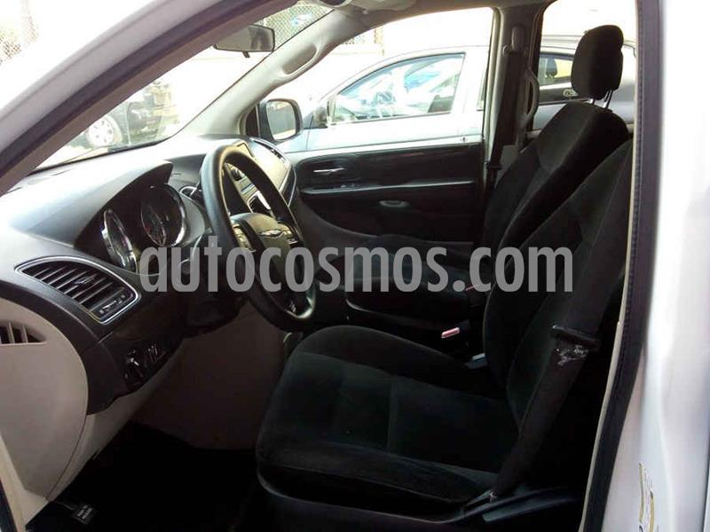 Chrysler Town and Country Li 3.6L usado (2016) color Blanco precio $189,000