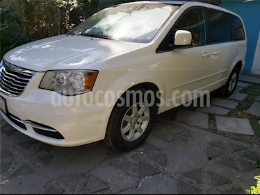 Chrysler Town and Country LX 3.6L usado (2011) color Blanco precio $155,000