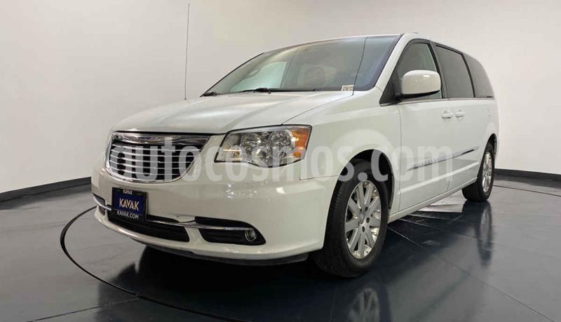 Chrysler Town and Country Touring Piel 3.6L usado (2016) color Blanco precio $329,999