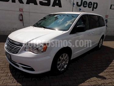 Chrysler Town and Country 5P LI TA CD RA-17 usado (2015) color Blanco precio $225,000