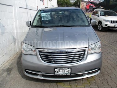 Chrysler Town and Country 5P TOURING V6/3.6 AUT usado (2016) color Plata precio $285,000