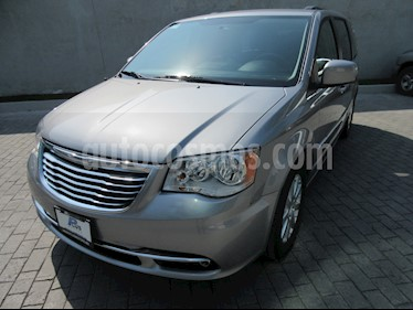 Foto Chrysler Town and Country Touring Piel 3.6L usado (2016) color Plata precio $315,000