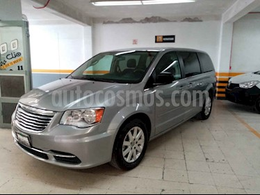 Chrysler Town and Country Li 3.6L usado (2016) color Plata precio $269,000